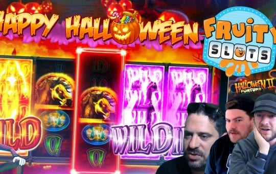 SLOT BATTLE! Featuring HALLOWEEN SLOTS ONLY!!